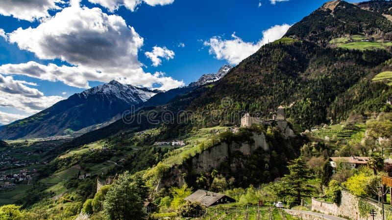 Schloss Tirol stockfotografie