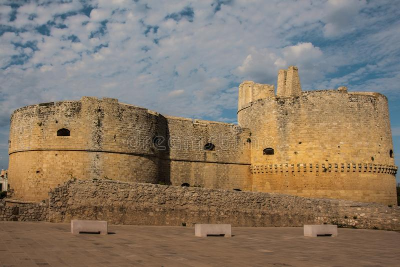 Schloss von otranto salento lizenzfreie stockbilder