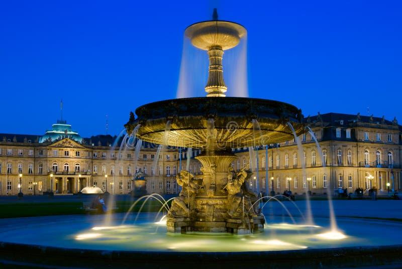 Download Schlossplatz Brunnen In Stuttgart, Deutschland Stockfoto   Bild  Von Populär, Stuttgart: