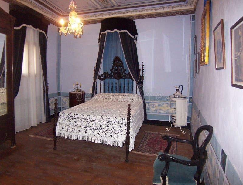 Schlossschlafzimmer stockbild