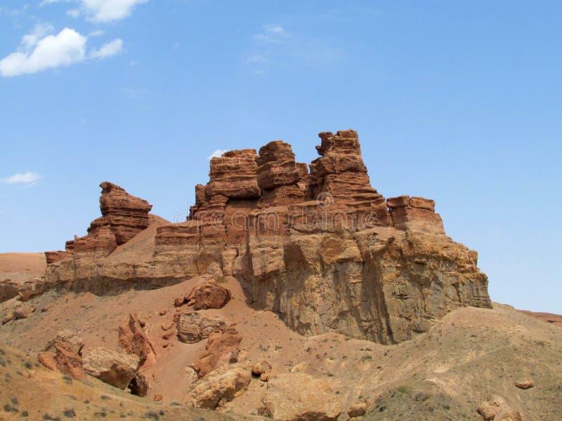 Schlucht Charyn (Sharyn) ragt in das Tal von Schlössern hoch stockbilder