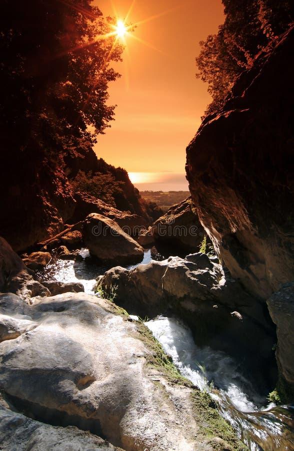 Schlucht im Ostberg von Korsika stockbilder
