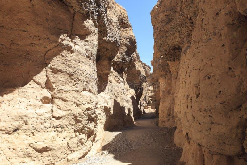 Schlucht nahe Sossusvlei Namibia lizenzfreies stockbild