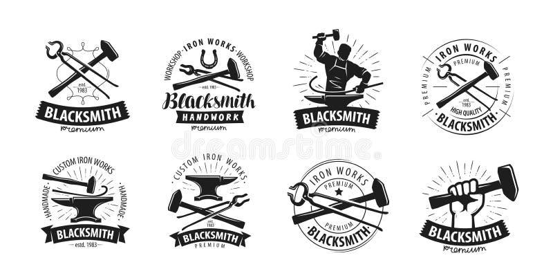 Schmiede, Schmiedelogo oder Aufkleber Blacksmithing-Satz Ikonen vektor abbildung