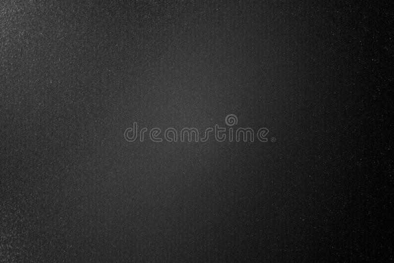 Schmutzige gebürstete schwarze Metallwand in der Dunkelkammer, abstrakter Beschaffenheitshintergrund vektor abbildung