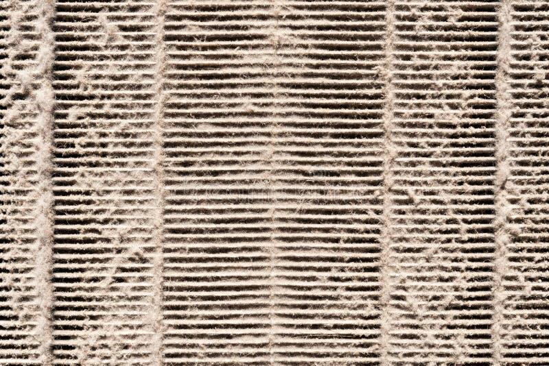 Schmutziger Luftfilter in der horizontalen Richtung lizenzfreies stockfoto