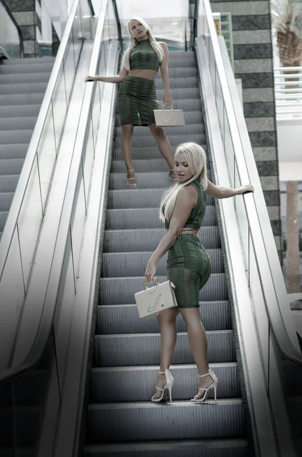 Schnappschuß, Rolltreppe, Mädchen, Spaß