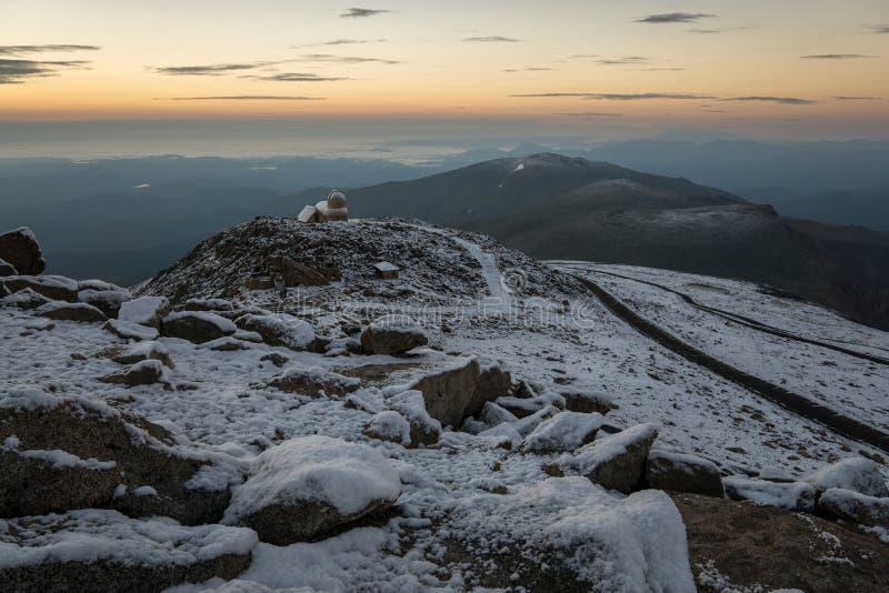 Schnee auf Berg Evans Summit lizenzfreies stockbild