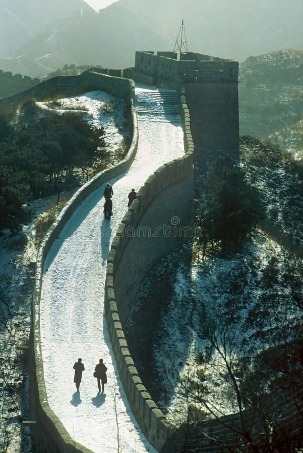 Schnee auf der Chinesischen Mauer lizenzfreie stockfotos