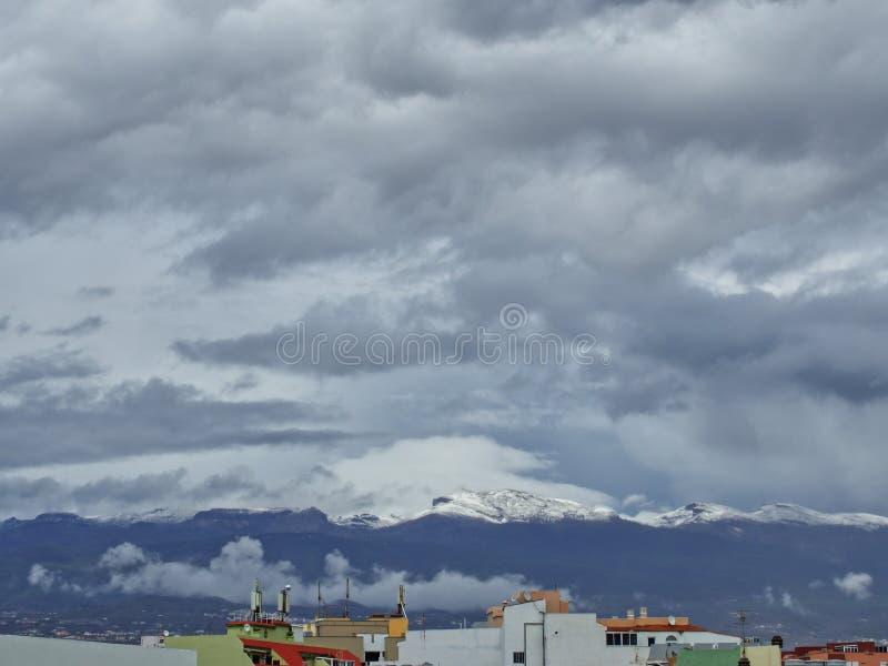 Schnee in den Kanarischen Inseln, Teneriffa, Spanien lizenzfreie stockfotografie