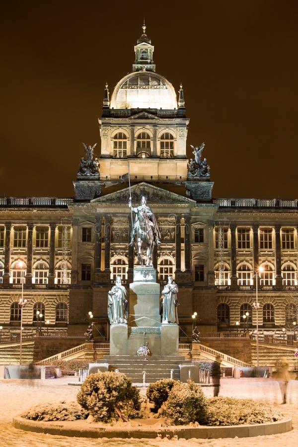 Schnee in der Nacht Prag lizenzfreie stockbilder