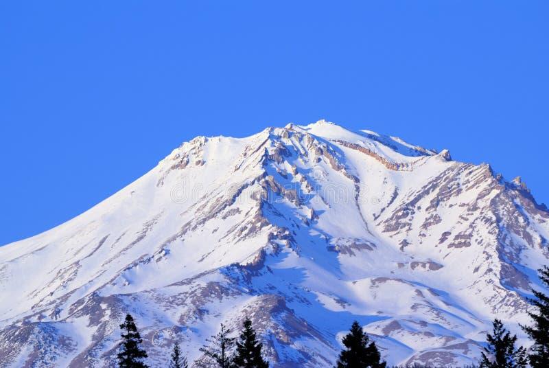 Schnee Mt.-Shasta lizenzfreie stockfotos