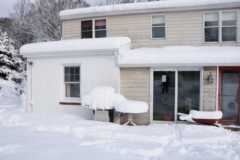 Schnee-Szene lizenzfreie stockbilder