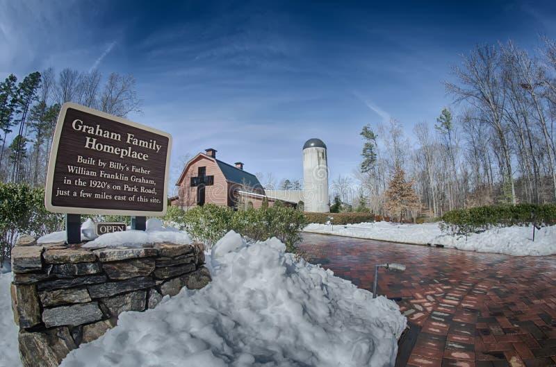 Schnee um Billy Graham Bibliothek lizenzfreie stockbilder