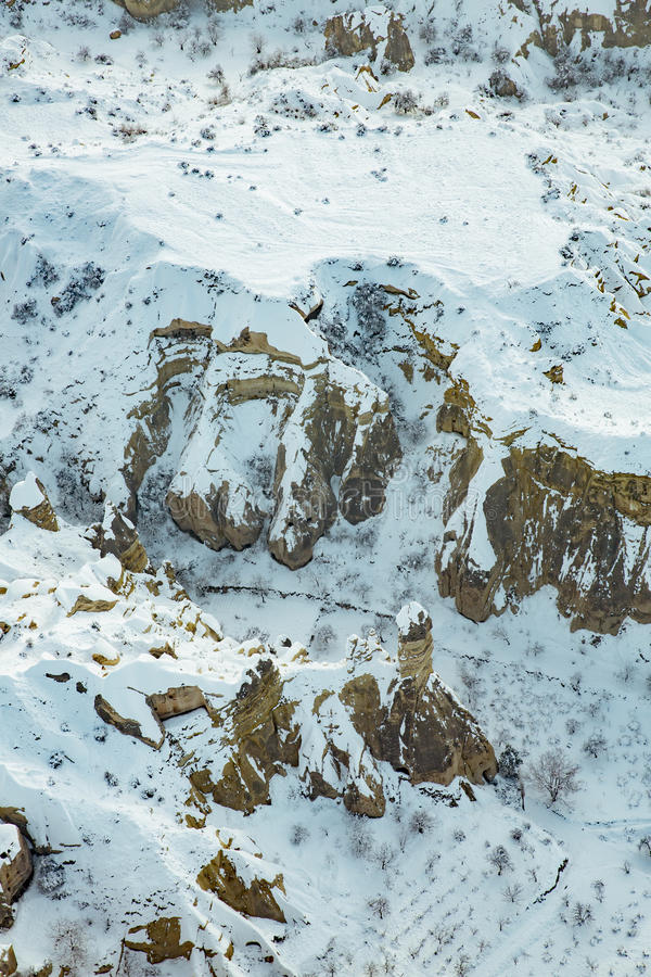Schneebedeckte Vogelperspektive Cappadocia stockfotos