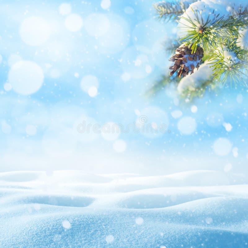 Schneebedeckter Hintergrund des Winters stockbild