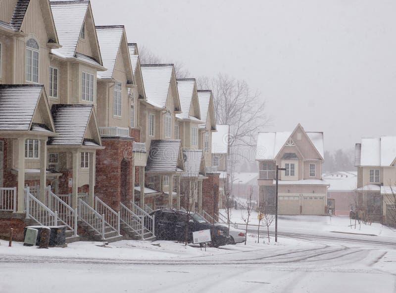 Schneefälle lizenzfreie stockfotos