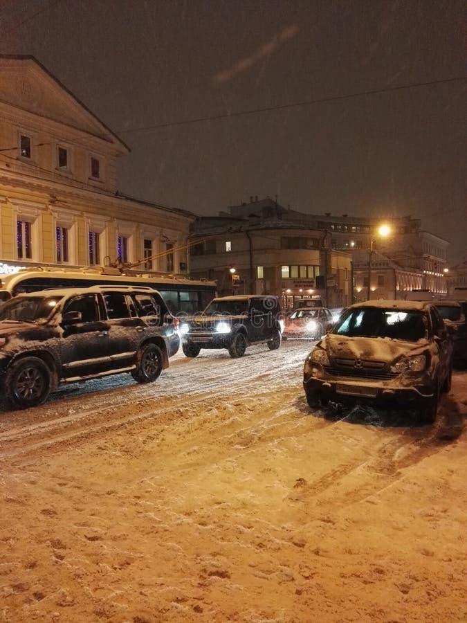 Schneefälle in Moskau-Stadt lizenzfreie stockfotografie