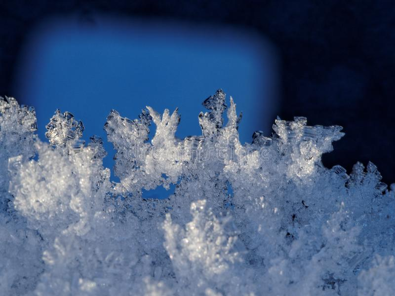 Schneeflocken und Schneenahaufnahme stockfoto
