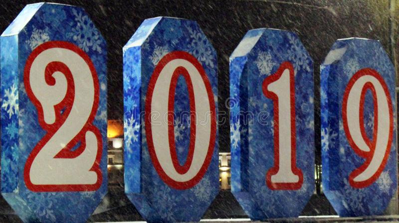 Schneeflockenmuster auf den Fahnen mit Zahlen lizenzfreie stockbilder