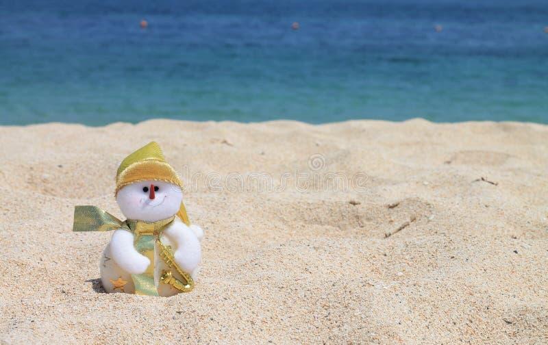 Schneemann auf dem Strand, Bali, Indonesien lizenzfreie stockbilder