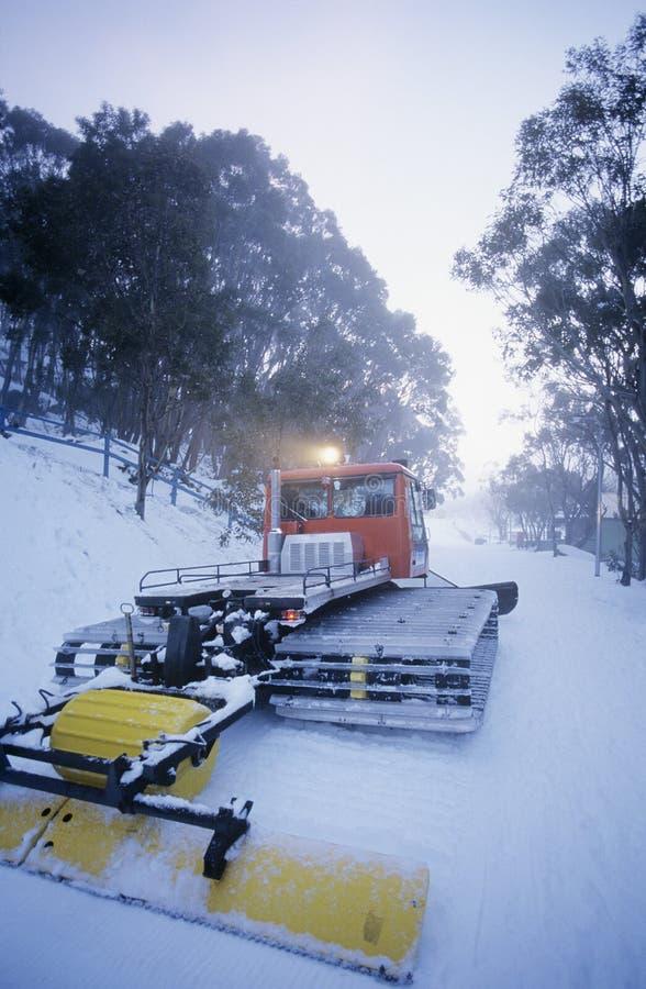 Schneereinigungstraktor Mt. Baw Baw Victoria Australia lizenzfreies stockfoto