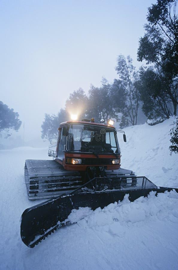 Schneereinigungstraktor Mt. Baw Baw Victoria Australia lizenzfreie stockbilder
