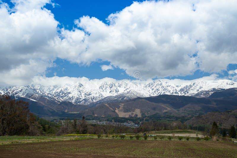 Schneeszene von Hakuba-Gebirgszug stockfoto