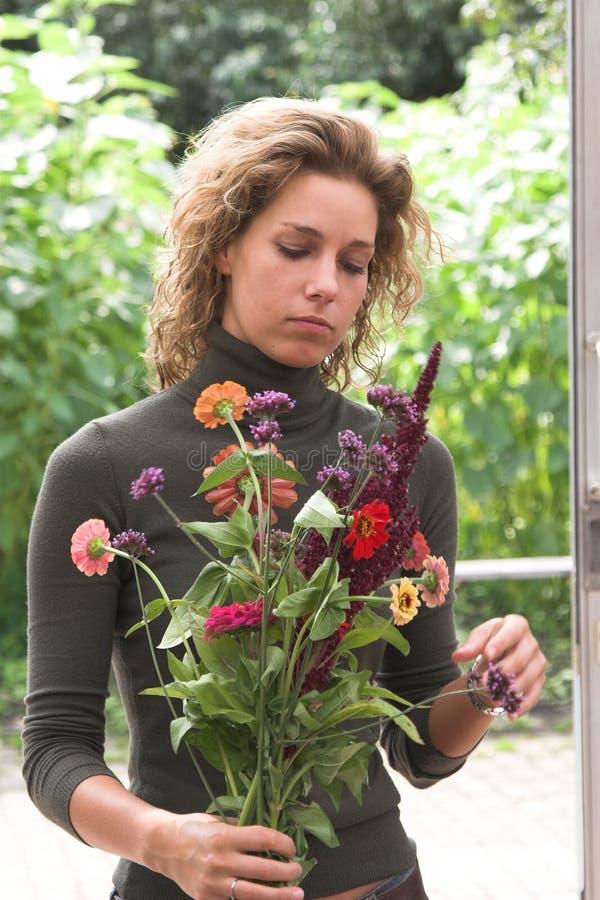 Schneiden Sie frisch Blumenstrauß der Blumen stockbild