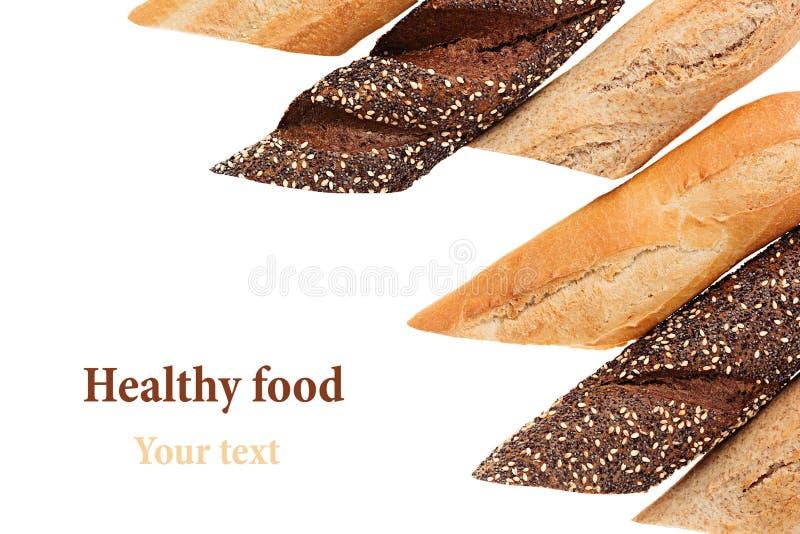 Schneiden Sie Stangenbrotbrot der unterschiedlichen Vielzahl auf einem weißen Hintergrund Rye, Weizen und Vollkornbrot Getrennt D lizenzfreies stockbild