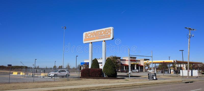 Schneider transportföretag, västra Memphis, Arkansas arkivfoto