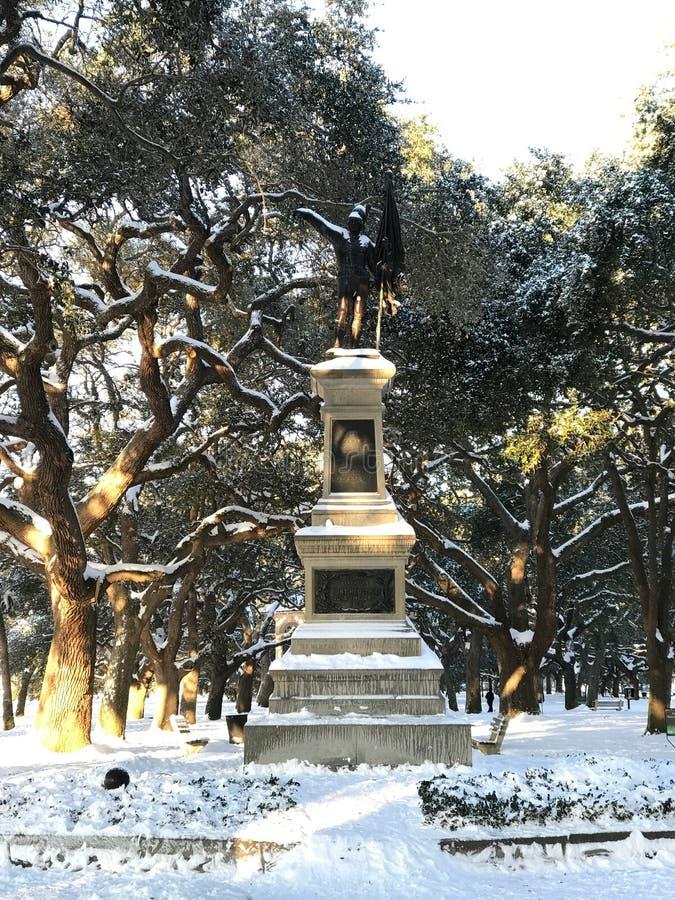 Schneien Sie auf Sargent-Jaspisstatue, Charleston, Sc lizenzfreie stockfotografie