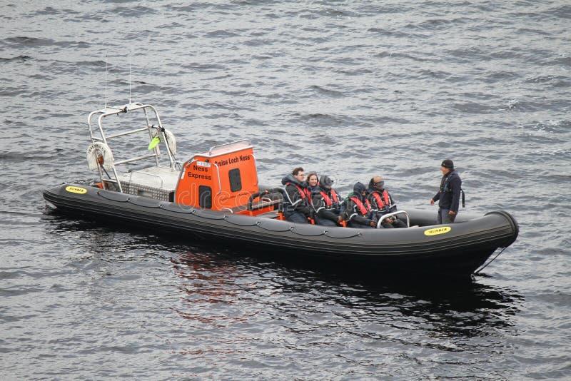 Schnellboot-Ausflug auf Loch Ness/Loch Ness lizenzfreies stockfoto