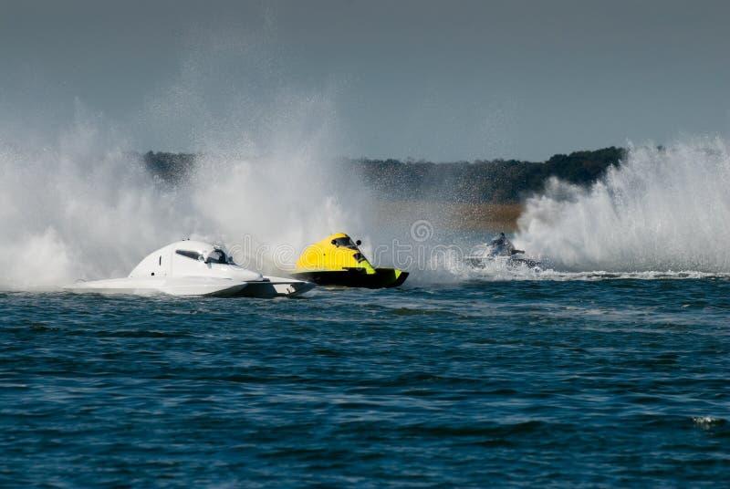 Schnellboot-Rennen lizenzfreie stockfotos