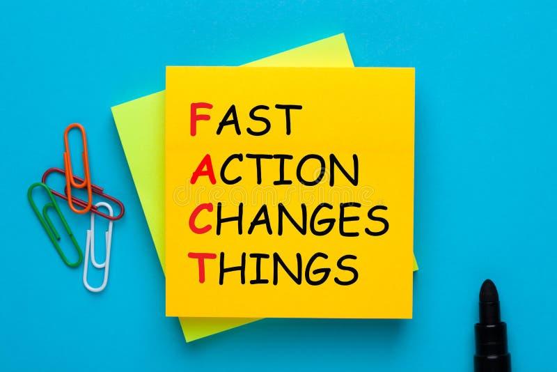Schnelle Aktion ändert Sachen lizenzfreies stockbild