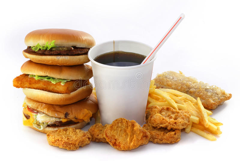 Schnelle Lebensmittelgruppe mit einem Getränk und einem Burger lizenzfreie stockfotos