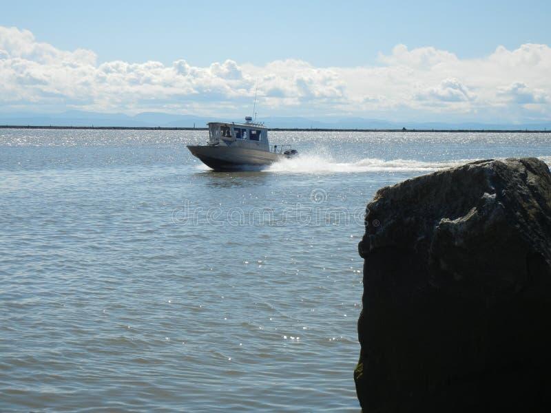 Schnelles Fischerboot stockfotos