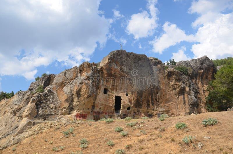 Schnitte sind auch die Überreste des alten Felsens afyonkarahisar stockfoto