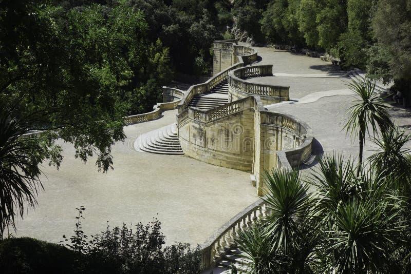 Schodek galeria w ogrodowym Nimes Francja fotografia royalty free