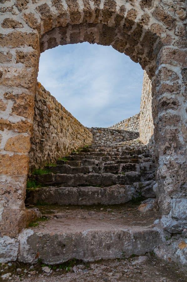 Schodki w fortecy Travnik zdjęcia stock