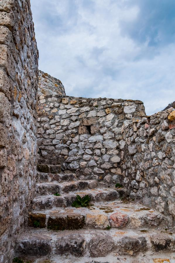 Schodki w fortecy Travnik obrazy royalty free