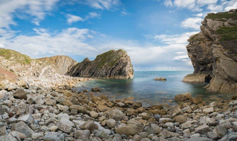 Schodowa dziura przy Lulworth zatoczką na Dorset ` s Jurajskim wybrzeżu, Anglia, fotografia royalty free
