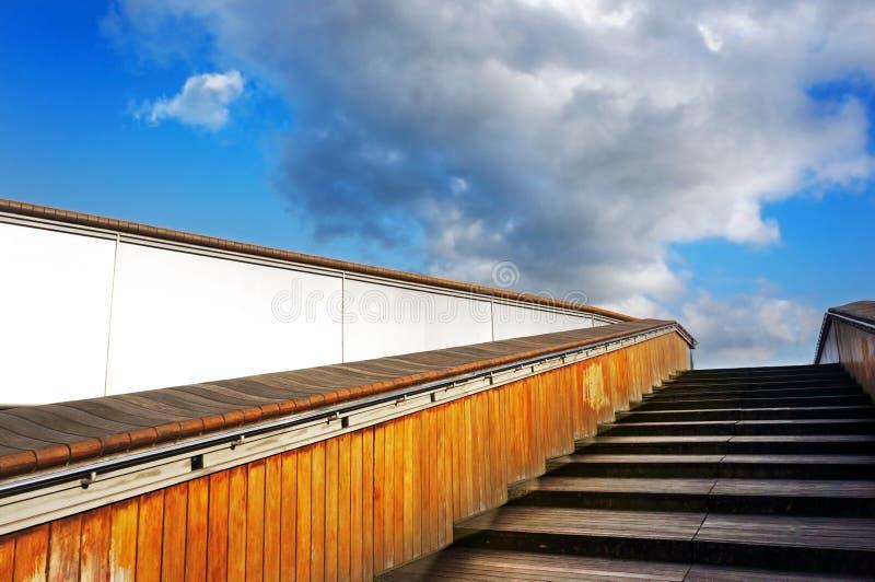 Download Schody niebo zdjęcie stock. Obraz złożonej z nadziemski - 28958482