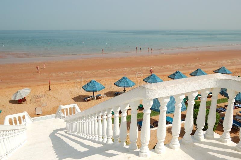 schody plażowy hotelowy luksusowy biel zdjęcia stock