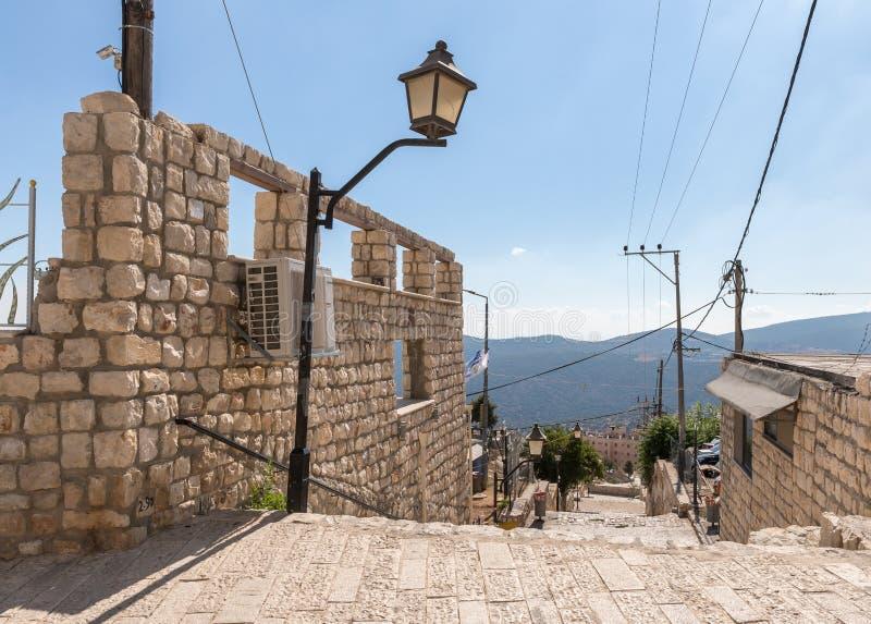 Schody prowadzi puszek w artysta ćwiartce w starym miasteczku Safed fotografia royalty free