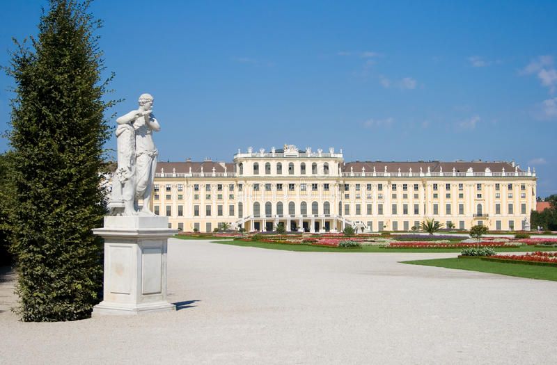 Download Schoenbrunn Palace In Vienna With A Statue Stock Photo - Image: 18333076