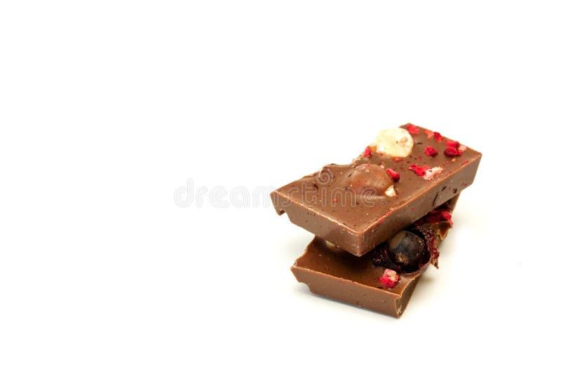 Schokolade auf einem weißen Hintergrund lizenzfreie stockfotos
