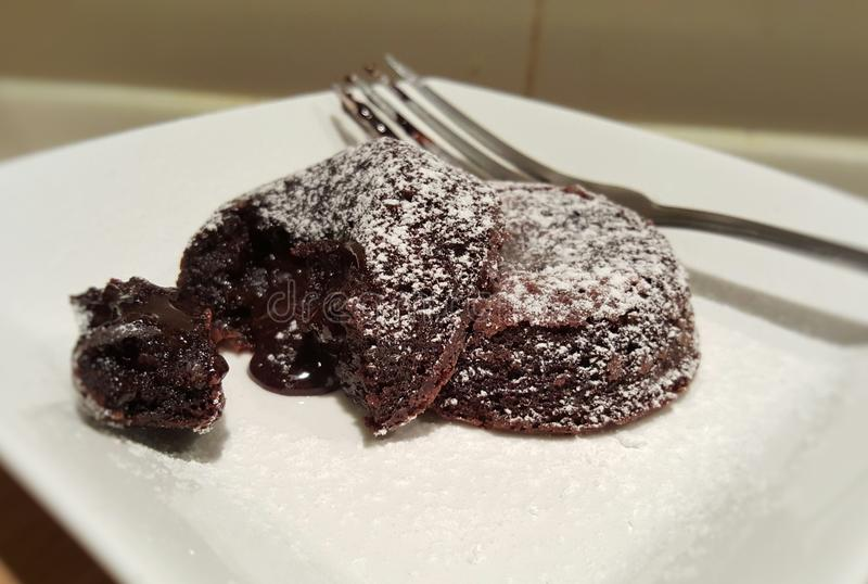 Schokolade Lava Cake lizenzfreies stockfoto