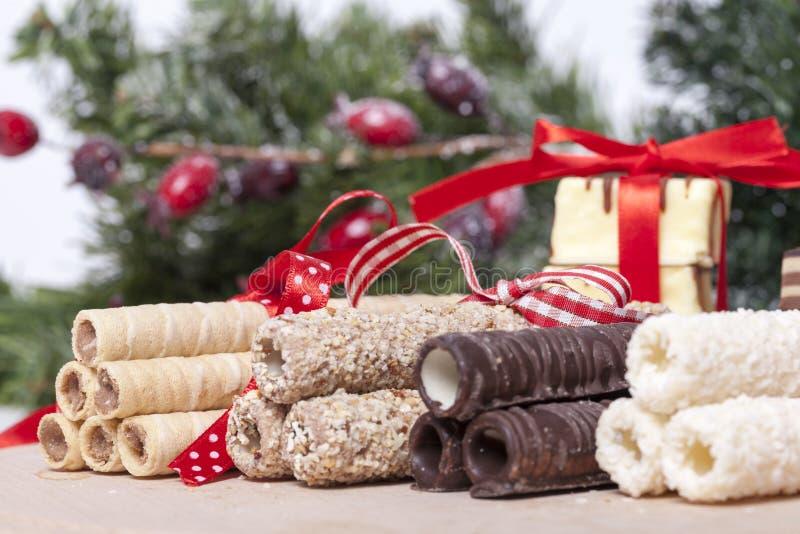 Schokolade und Plätzchen lizenzfreie stockbilder