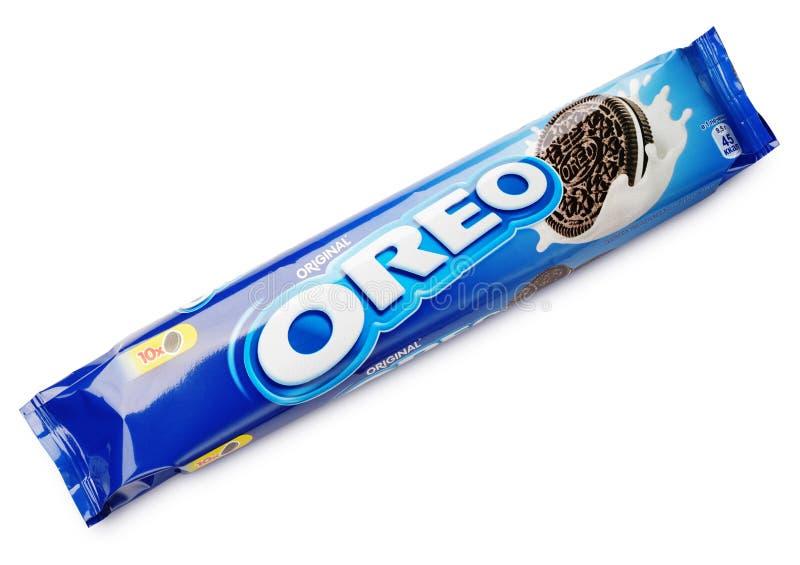 Schokoladen-Sandwichplätzchen OREO ursprüngliches lokalisiert auf Weiß lizenzfreie stockbilder